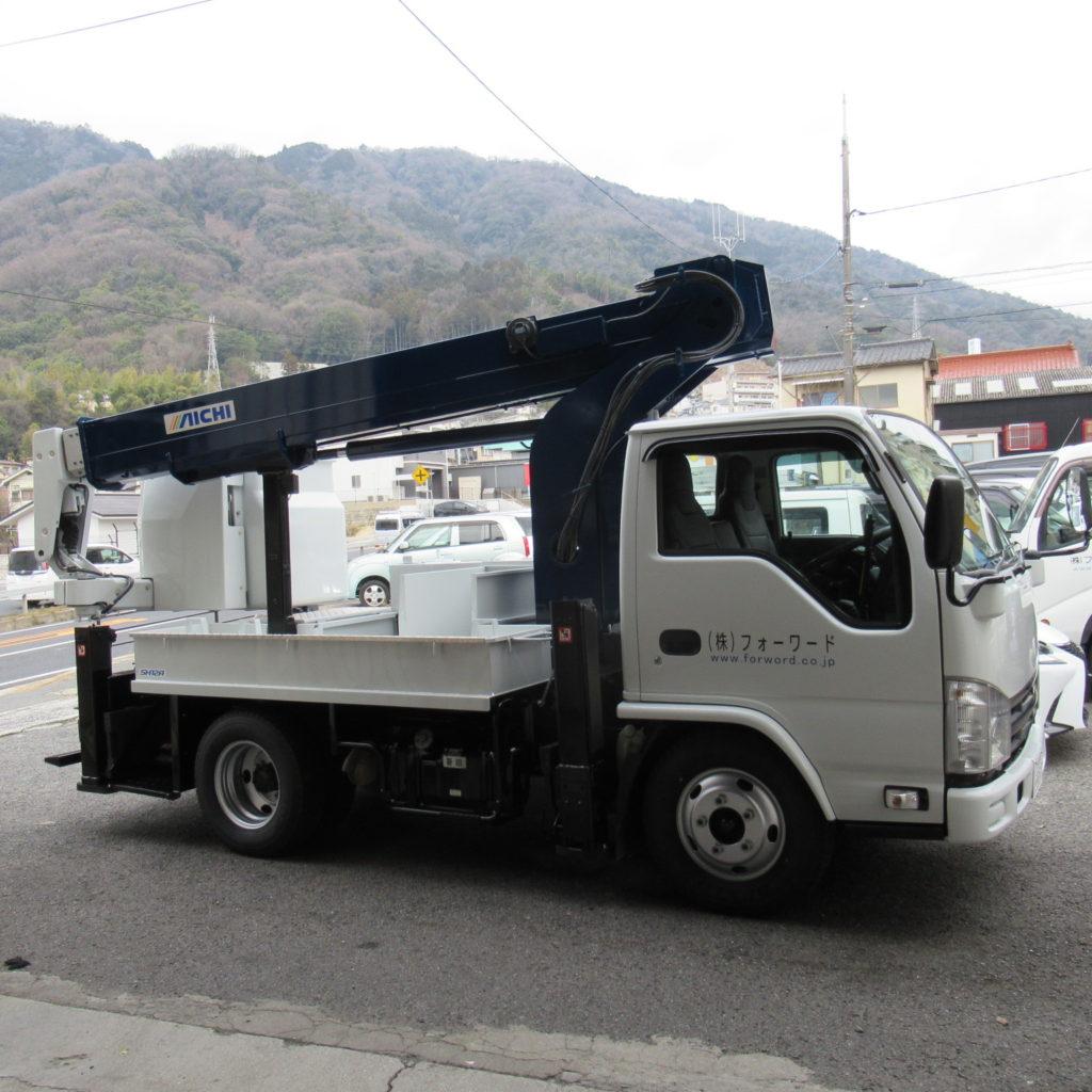 新型高所作業車SH12Aを導入しました。